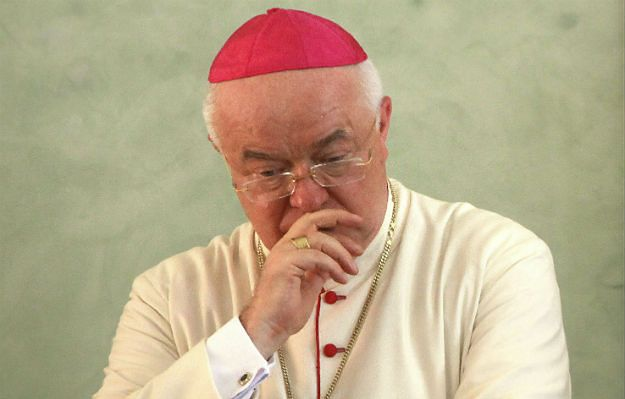 Watykan: atak serca przyczyną śmierci Józefa Wesołowskiego