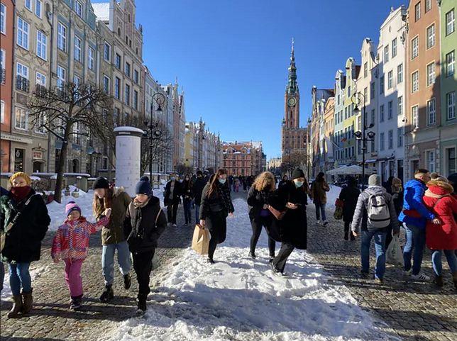 Tłumy w Gdańsku podczas pierwszego lutowego weekendu bez obostrzeń