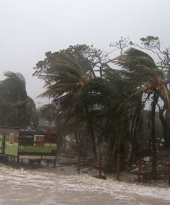 Ameryka Środkowa. Do wybrzeży dotarł huragan Iota