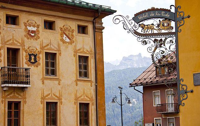 Hotel de la Poste uznawany jest za jeden z najbardziej prestiżowych w Wenecji Euganejskiej