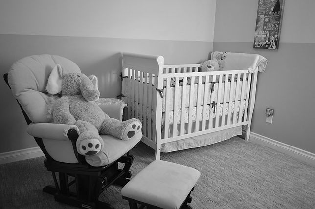 Nowe fakty w sprawie uduszonego chłopczyka. Wypłynęły szczegóły zeznań