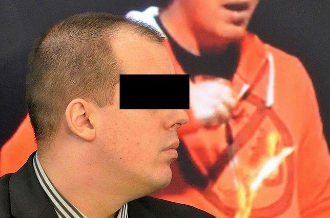 """Raper """"Żurom"""" zatrzymany na Okęciu. Grozi mu 12 lat więzienia"""