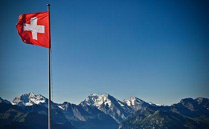 Mocny frank nie przeszkadza szwajcarskiej gospodarce. Frankowicze będą zawiedzeni