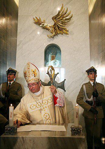 Ingres abp. Głódzia już 26 kwietnia