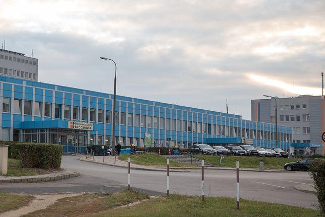 W Szpitalu Bródnowskim koronawirusa potwierdzono u 18 pacjentów.