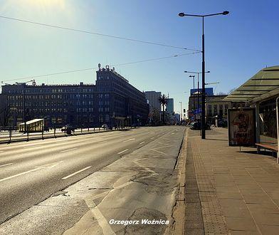Warszawa. Stołeczne ulice opustoszały