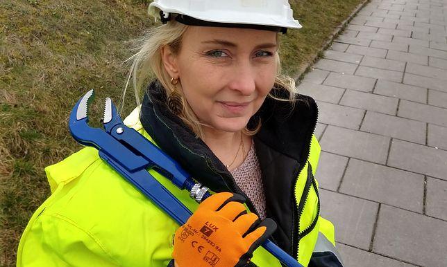 """Ewa pracowała jako hydraulik, dzisiaj sama zarządza firmą budowlaną. """"Słyszałam, że miejsce baby jest w kuchni"""""""