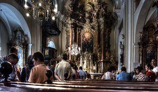 Ponad 60 proc. Polaków wolałoby, aby kościoły były zamknięte. To nie wszystko