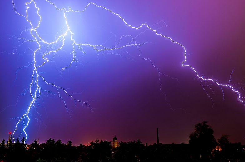 Burza zbiera żniwo. Pioruny zabiły ponad 100 osób w kilka dni