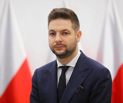 """Prawnik ostro o Patryku Jakim. """"Główny propagandzista antyeuropejski"""""""