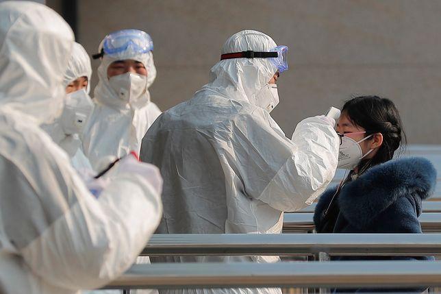 Już 41 ofiar koronawirusa. 11 chińskich miast odizolowanych