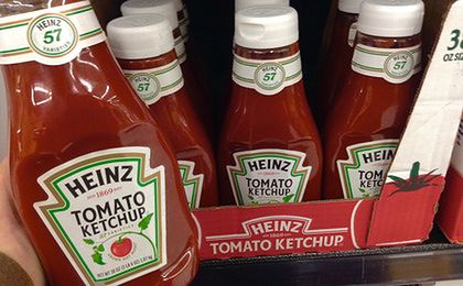 Popularny ketchup to wcale nie ketchup? Duże problemy Heinza