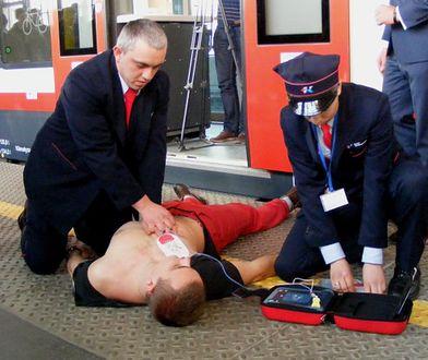 W pociągach Kolei Wielkopolskich zainstalowano defibrylatory