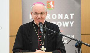Abp Stanisław Budzik chce ukarania księdza, który wspiera środowiska LGBT