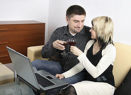 Za randkowanie w sieci możesz słono zapłacić