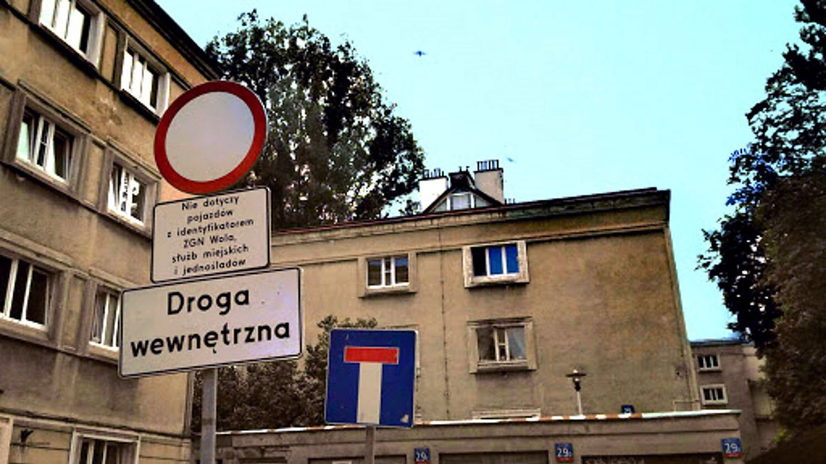 Warszawa. Kolejne podwórka będą objęte programem
