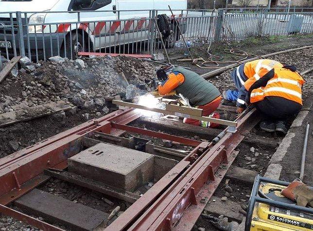 Prace remontowe przy sieci torowisk tramwajowych we Wrocławiu.
