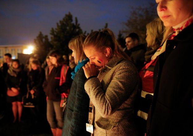 Belgowie oddają hołd ofiarom zamachów