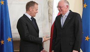 Donald Tusk (wówczas szef polskiego rządu) i Guenter Verheugen podczas spotkania w 2009 r.
