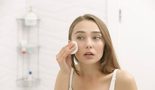 Skuteczny demakijaż może być wykonywany przy użyciu naturalnych kosmetyków