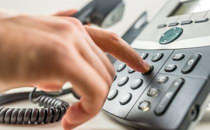 Jest nadzieja dla konsumentów poirytowanych przez automatyczne sekretarki firm i urzędów