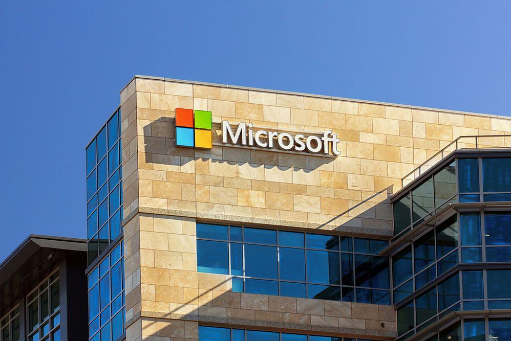Praca cztery dni w tygodniu, wolne piątki dla pracowników. Microsoft testuje nowe rozwiązania