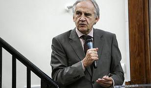 Prof. Marian Zembala chce dnia wolnego w Wielki Piątek