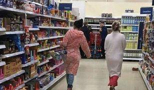 Awantura o piżamę i szlafrok w Tesco