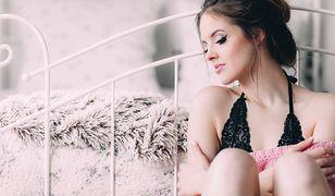 Eleganckie ubrania skutecznie podkreślają kobiecą sylwetkę i urodę