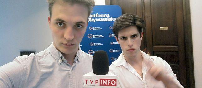Lucjan Ołtarzewski i Filip Styczyński wracają do pracy w TVP
