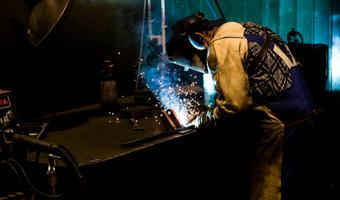 Praca dla spawacza w Sosnowcu — gdzie szukać i ile można zarobić?