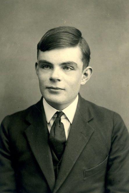 Kim był Alan Turing? Tragiczny koniec ojca komputera