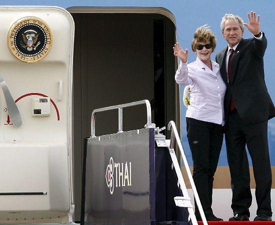 Bush do Rosji: ryzykujecie stosunki z USA