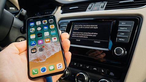 Nowa AutoMapa na iOS-a: nawigacja wreszcie z obsługą Apple CarPlay