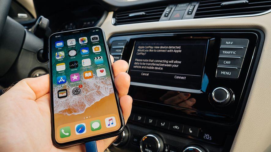 AutoMapa jest już dostępna w CarPlay. (depositphotos)