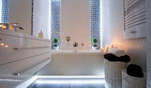 Biała łazienka - elegancka i na lata