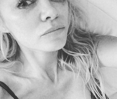 Roznegliżowane fotki i zapłakana Pamela Anderson. Gwiazdy żegnają Hugh Hefnera