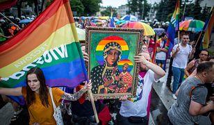 """""""Tęczowa"""" Matka Boska na marszu równości"""