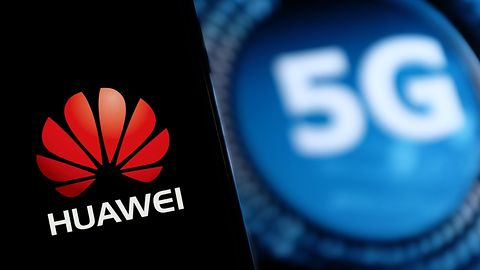 Huawei znów musi się bronić: ban na Google nie wystarcza, USA knuje coś gorszego