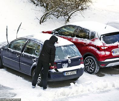 Zimą kierowcy muszą przypomnieć sobie o kilku ważnych sprawach