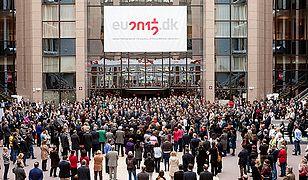 Belgowie w całym kraju minutą ciszy uczcili ofiary wypadku