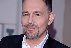 Krzysztof Ibisz pokazał film z wizyty u fryzjera. Zdradza w nim, czy farbuje włosy