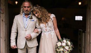 Lara Gessler z tatą. Suknia ślubna z uroczystości trafiła na licytację WOŚP