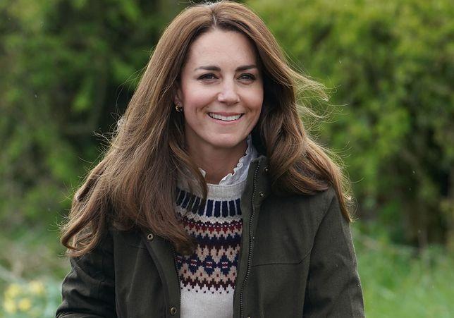 """Księżna Kate zdradza najnowszą zabawę Louisa: """"Nie mogę już za nim nadążyć"""""""
