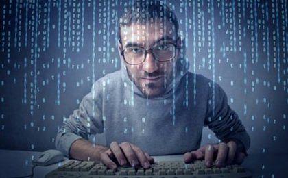mBank ostrzega przed nowym oszustwem na portalach społecznościowych