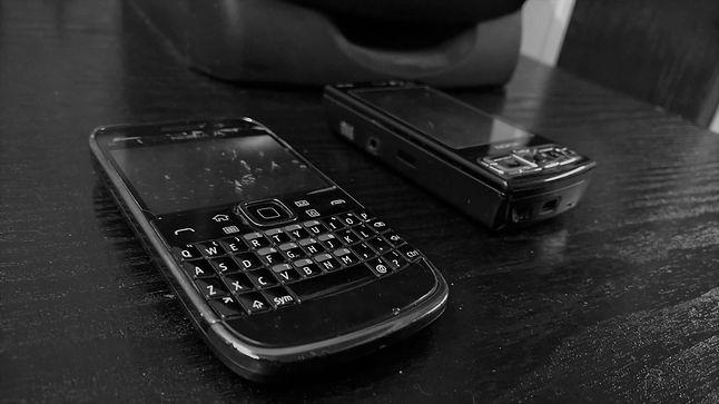 Moja wysłużona już Nokia E6, po 4 latach ciągle w eksploatacji, jako drugi telefon. Prawdopodobnie zastąpi ją inna E6.