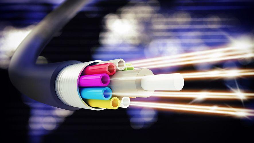 Drżyjcie telekomy: 6600 kilometrów podmorskiego kabla Microsoftu i Facebooka