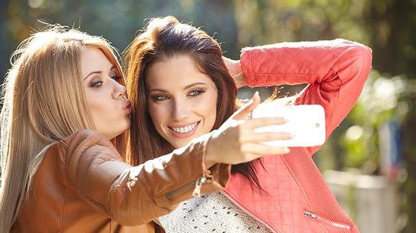 Nowy iPhone powstaje z myślą o miłośnikach selfie