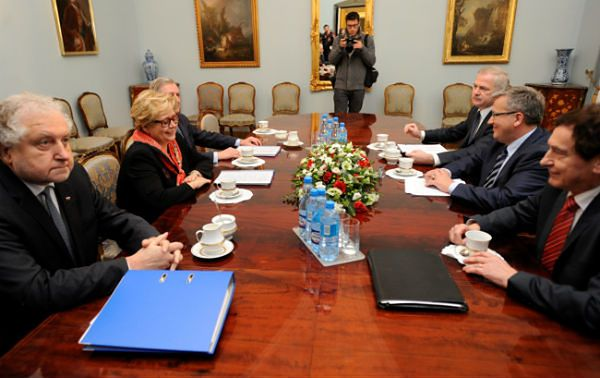 Prezydent Bronisław Komorowski: Nie dajmy się zwariować. To wszystko da się policzyć