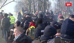 """11. rocznica katastrofy smoleńskiej. """"Policjanci się pilnują"""""""